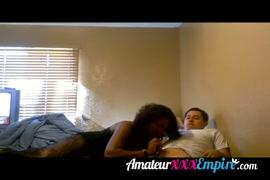 فيلم رجل يرضع صدر زوجته
