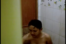 لطيف الآسيوية فتاة مارس الجنس بعد لها دش.