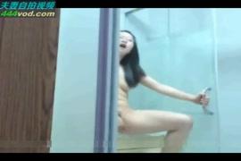 رقيقة الصينية في سن المراهقة يحصل قصفت مع الديك ضخمة.